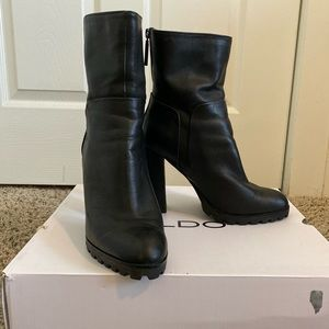 Also Fresa Ankle High Heeled Boots Size 8